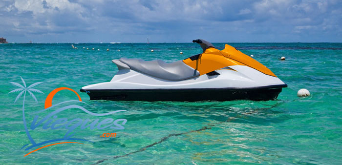 Jet Skiing in Vieques